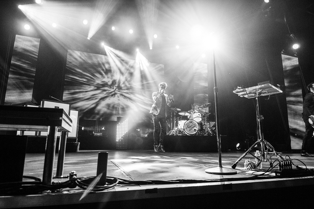 Panic! At The Disco -2014 - Philadelphia, PA - by Matty Vogel - 10.jpg