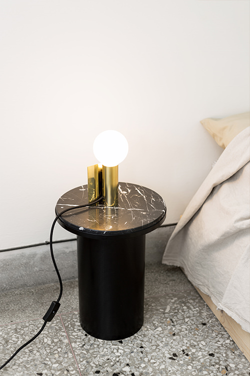 Maku Table Lamp 001-1.jpg