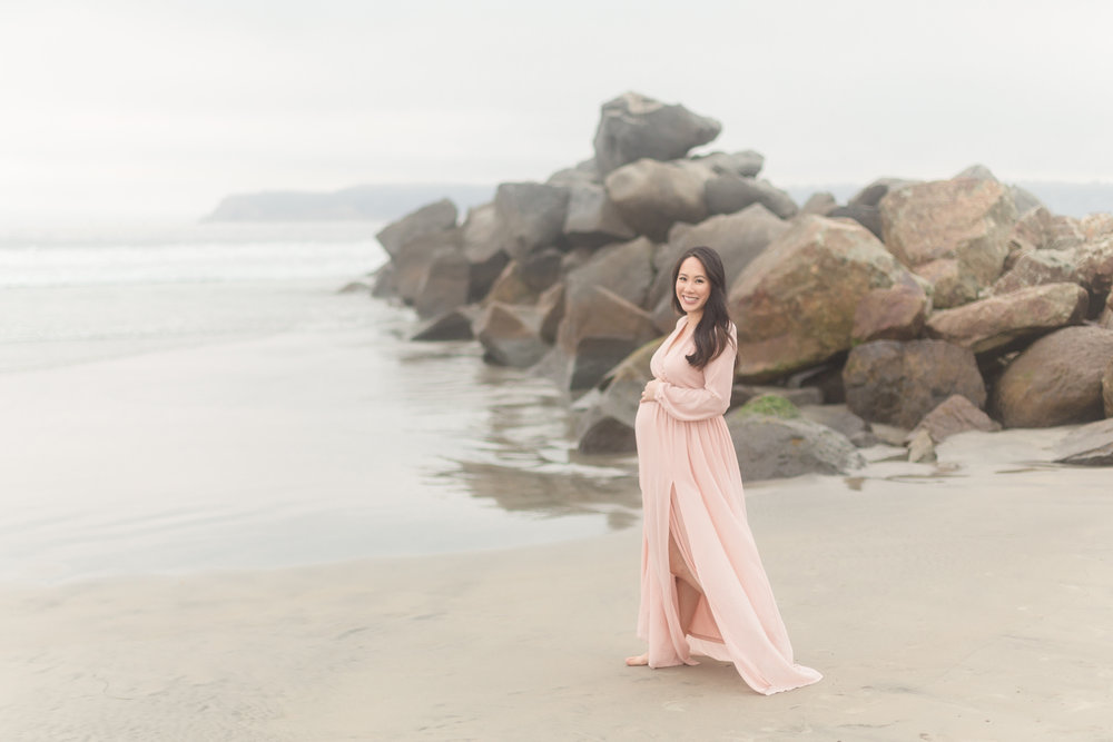 Quynhnhi | Coronado Maternity Photo Session