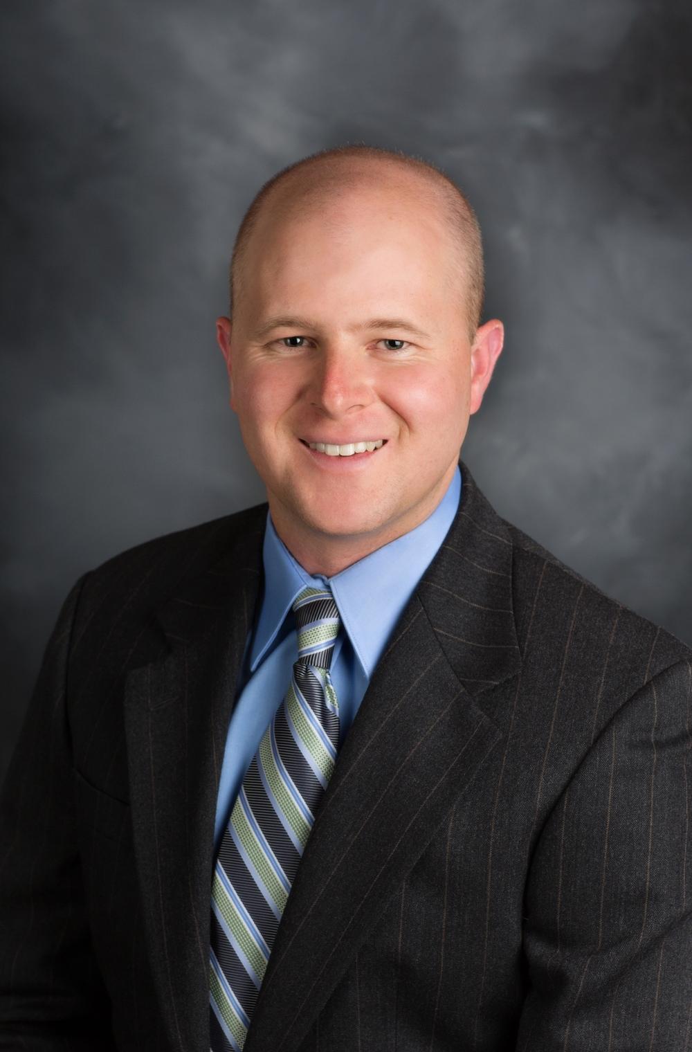 Travis Kemp, MD
