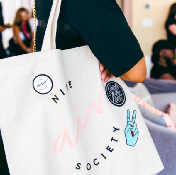 Air Society_tote
