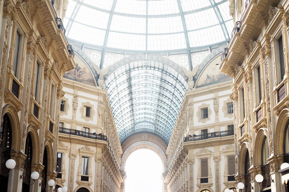 Galleria Vittorio Emanuele II         Galleria Vittorio Emanuele II