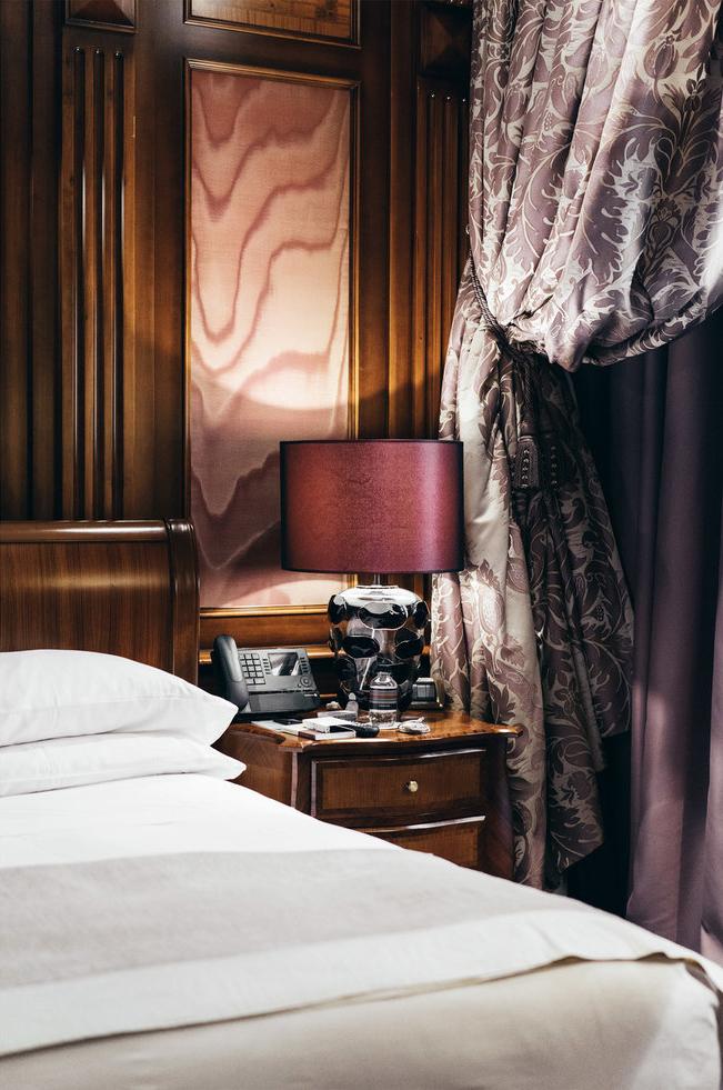 Hotel Principe Di Savoia          Piazza della Repubblica, 17