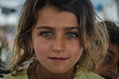 "If you're interested and want to read some amazing stories of refugee's, trials, tribulations and triumphs, newsdeeply has collected some of the ""best stories on refugees from 2017, as selected by refugee and migration experts"". The link will be in our description. . . . (Photo: smiling girl in katsikas refugee camp) . . . #iamaboatperson #refugee #refugeecamps #news #newsdeeply #knowledgeispower #stories #refugeestories"