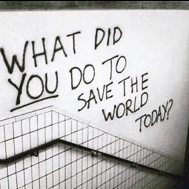 What difference have you made in the world recently in the way you live your life? Being genuine, kind and friendly each day to one another can go far to save the world. . . . . . 🎥: unknown . . . . #iamaboatperson #refugeeswelcome #savetheworld #randomactsofkindness #loveoneanother
