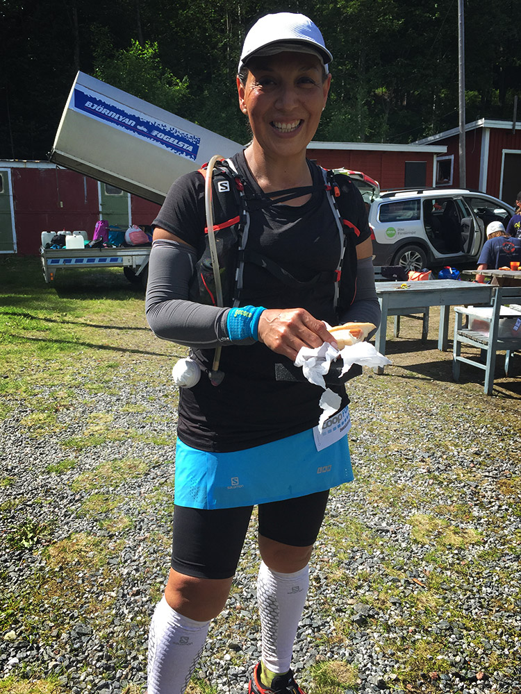 Glada ultralöpare fanns det gott om, här Coyntha som också ska springa UTMB i år.