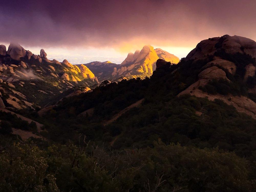 Solnedgång över Montserrat <3