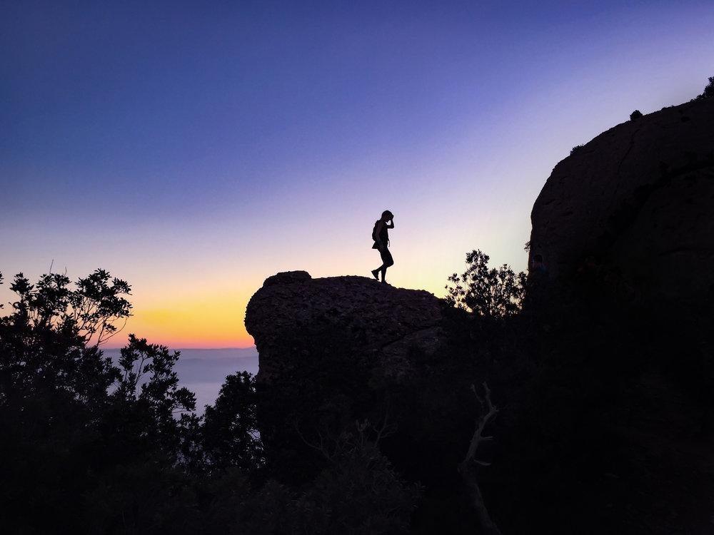 Även om man befinner sig på en vacker plats, eller kanske just därför, kan man känna sig ensammast i världen...