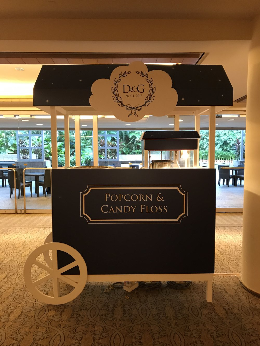 D&G snacks cart.JPG