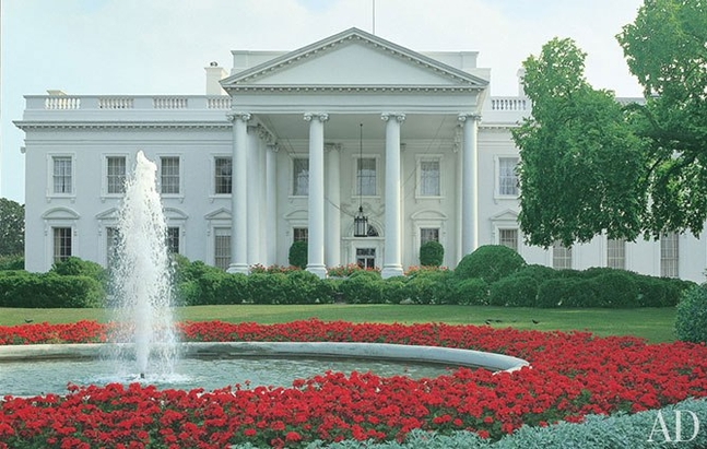 item01.rendition.slideshowHorizontal.white-house-01-george-w-bush-white-house.jpg.647x0_q100.jpg