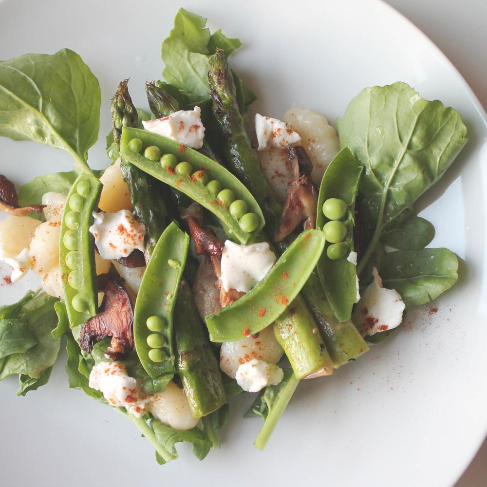 spring salad with gnocchi