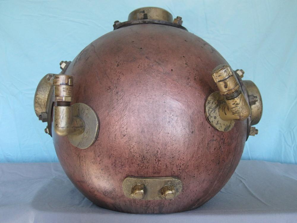 Diver Helmet Image 06.JPG