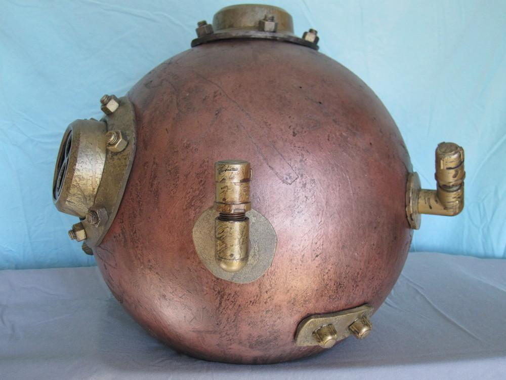 Diver Helmet Image 07.JPG