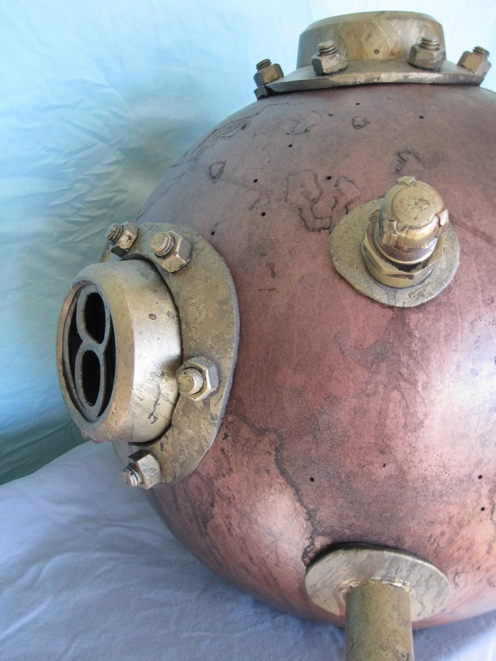 Diver Helmet Image 09.JPG