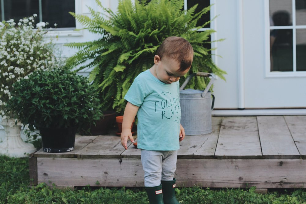 Tad's  t-shirt  c/o  Chasing Windmills  // Tad's Wellies -  Hunter Boots