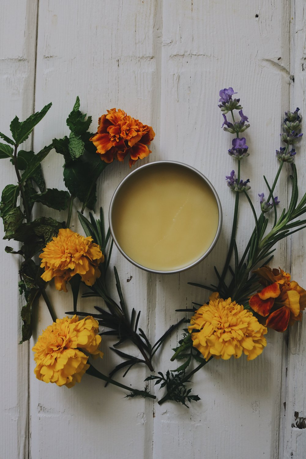 Herbal Interests | Dry Hand Salve - Under A Tin Roof Blog
