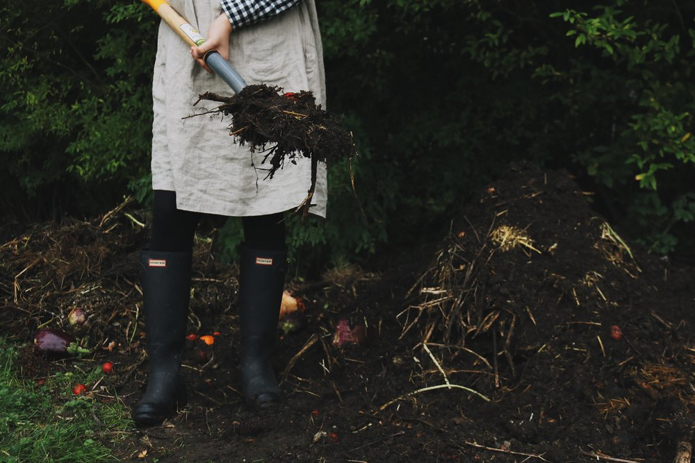 A Compost Update + New Things I've Learned - Under A Tin Roof Blog