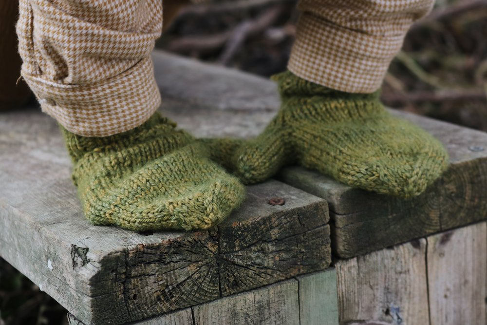 """On the Farm"" Toddler Gloves Knitting Pattern - Under A Tin Roof Blog"