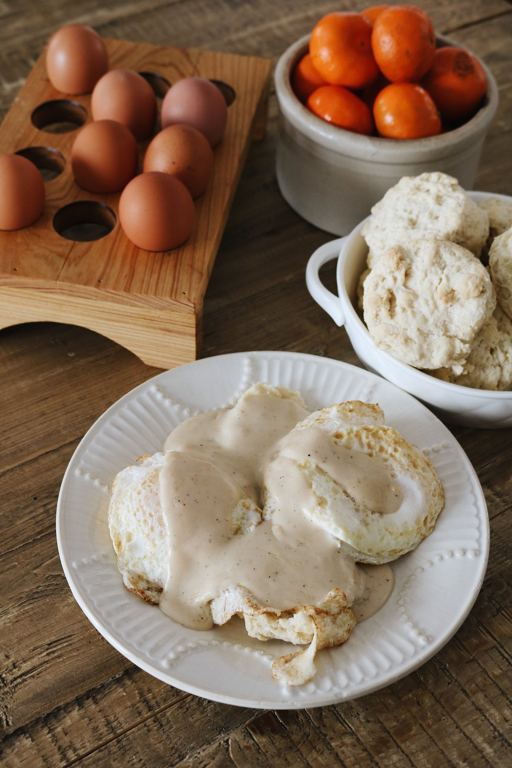 Buttermilk Biscuits and White Peppered Gravy - Under A Tin Roof Blog