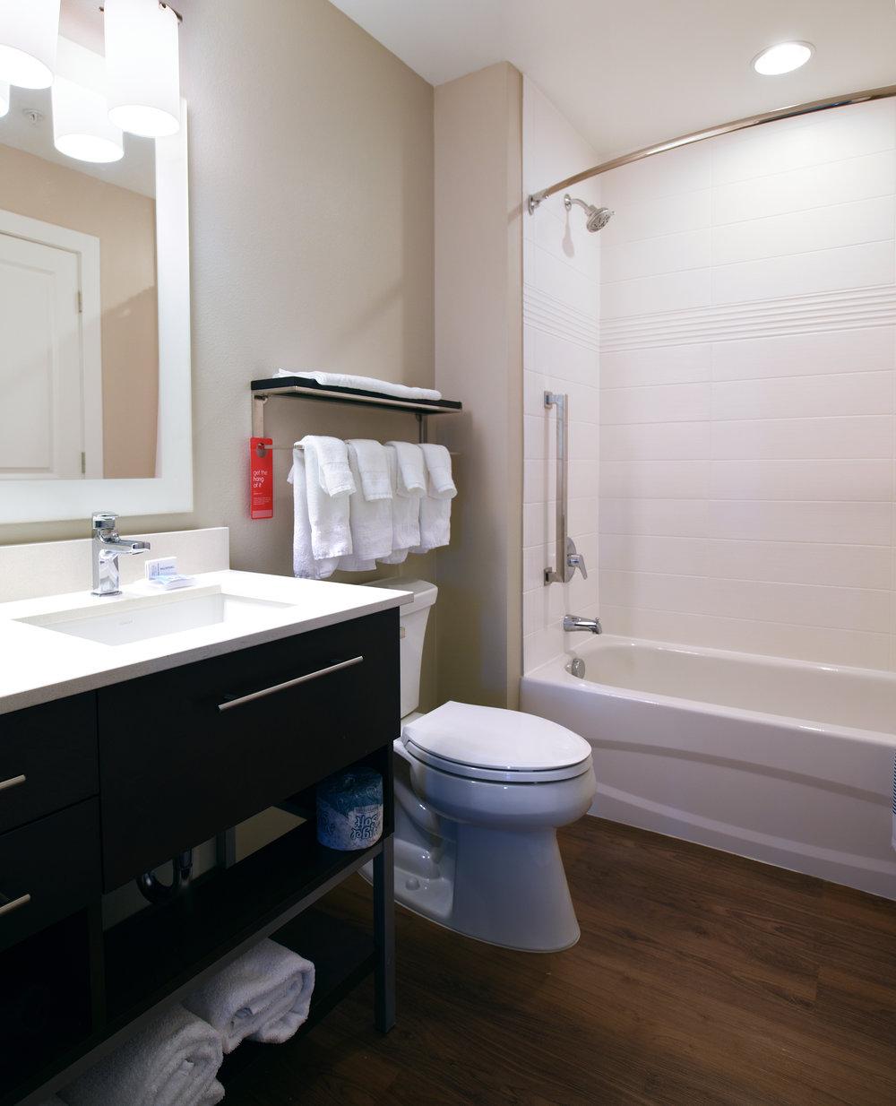 Towneplace Suites_Bathroom_WEB.jpg