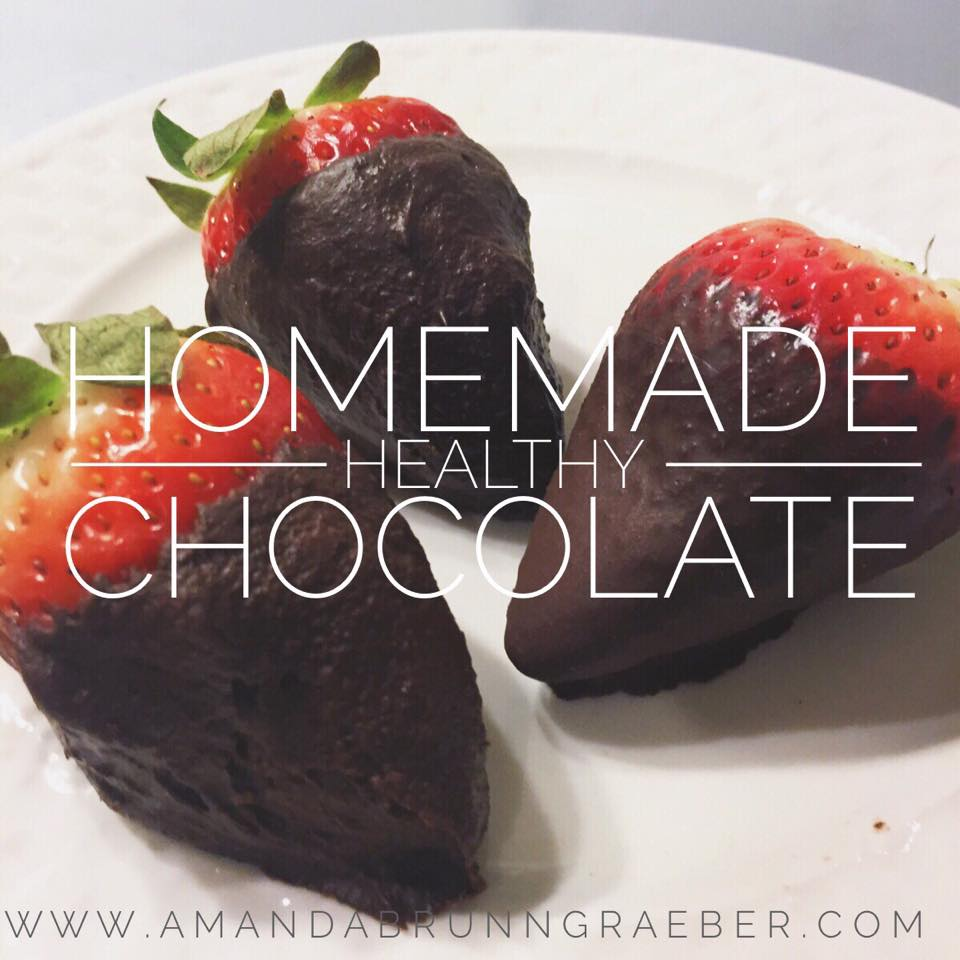 Easy Homemade Healthy Chocolate Covered Strawberries www.amandabrunngraeber.com