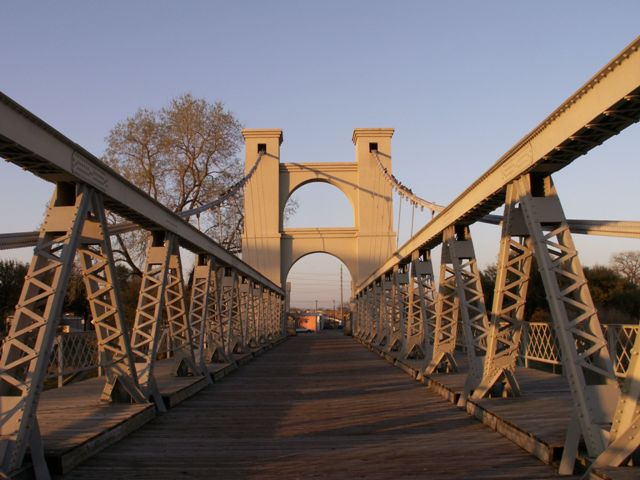 waco_bridge