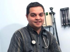 Dr Rene Leiva