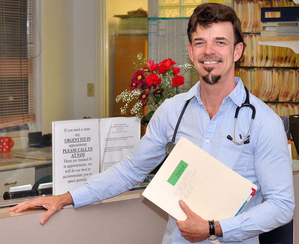 Dr Michael Jones