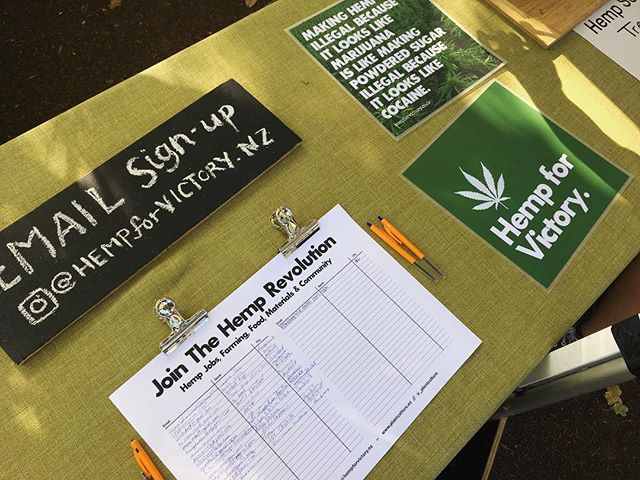 Out on the front lines of J-Day AKL with an eventual full page of signatures and emails from inspired people interested to learn more about the cultivation of Hemp in New Zealand. #hempforvictorynz #NZjday #thehempstore #plantculture #ednotmed #organicmechanic