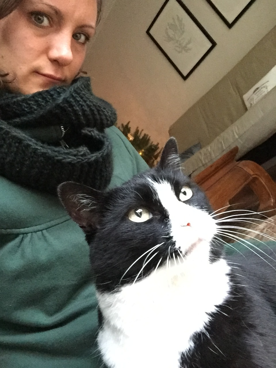 A post-meditation selfie with my kitty.