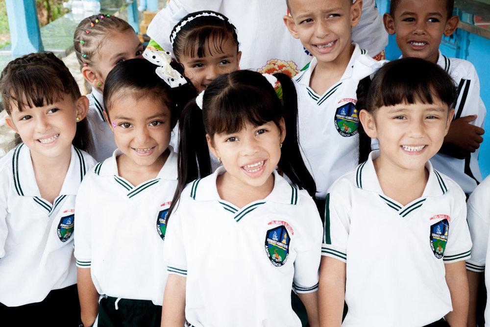 proyectos educativos en colombia