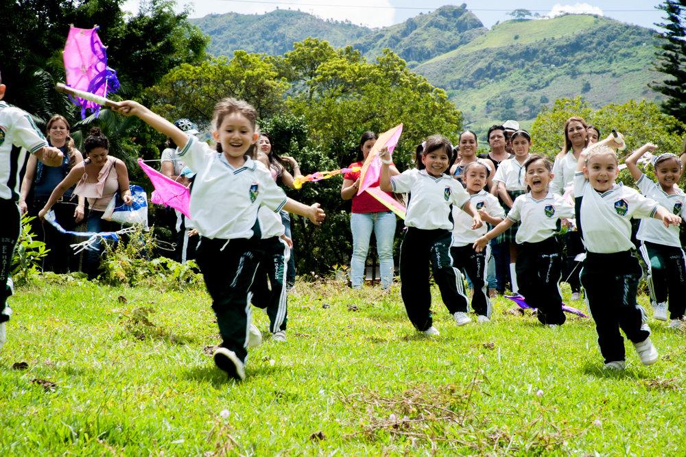 Genesis Foundation día de la niñez y la recreación