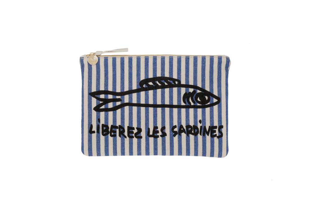 'Liberez les sardines' print, referencing Ile de Re's fish by way of French street art.