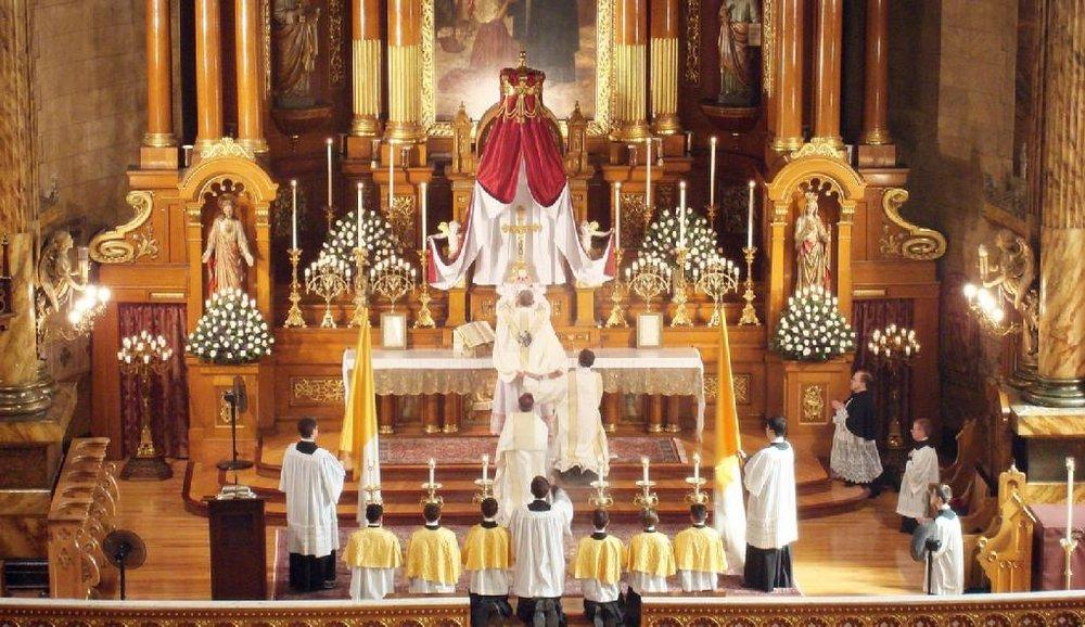 Tradtional-Latin-Mass.jpg