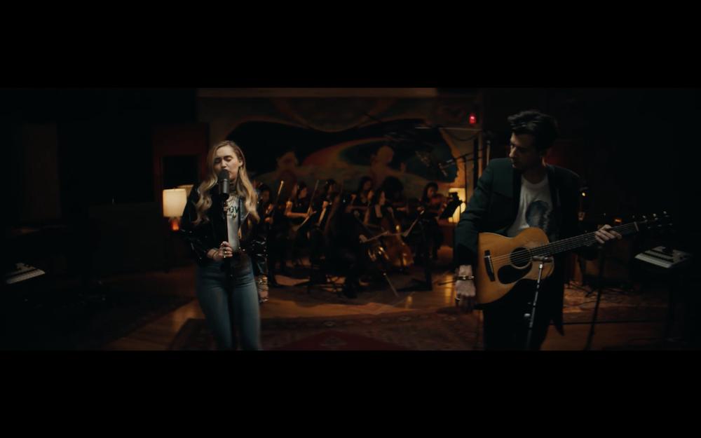 Miley-Cyrus-Mark-Ronson-VEVO.png