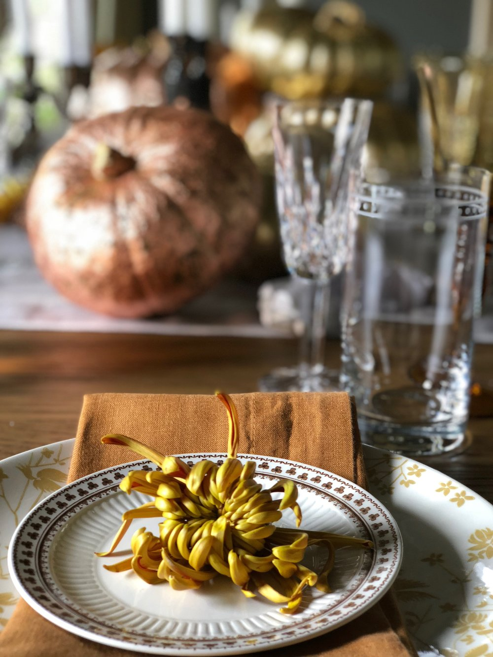 Thanksgiving table setting.JPG