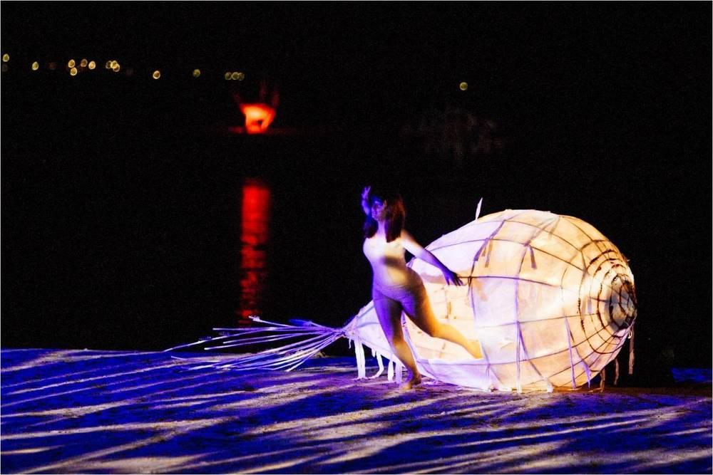 Dancer: Stacey Carmichael; Puppet-maker: Lizz Lethlean; Photographer: Dean Walters
