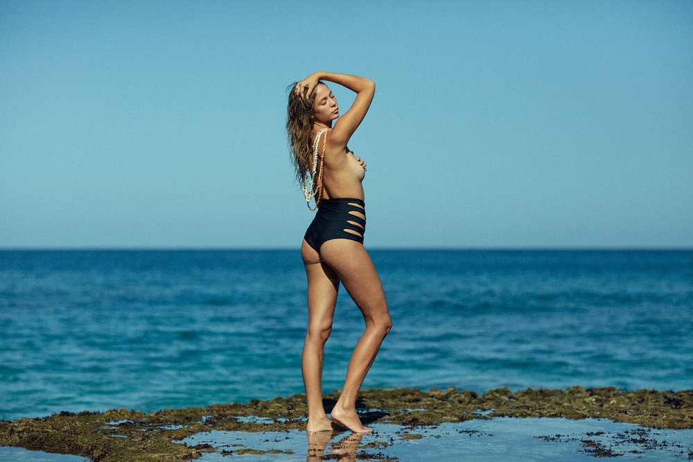 Look book for Issa De' Mar's 'Bodies of Water' campaign.  Visit www.issademar.com for the whole look book.