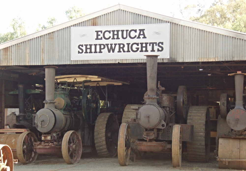 Shipwrights were important to the Port of Echuca, a thriving inland port from the 1860s to the 1880s before the railway took over from paddle steamers.