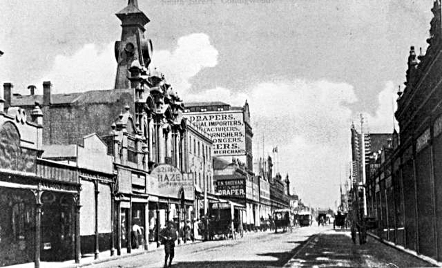 Smith Street postcard - Yarra Local History photograph collection.jpg