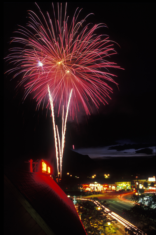 baletdgwfireworks.jpg
