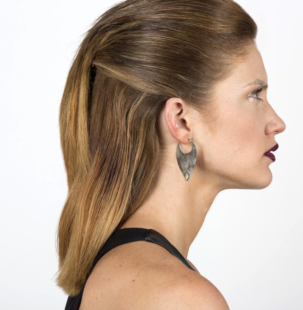 Blade Earrings 12971.jpg