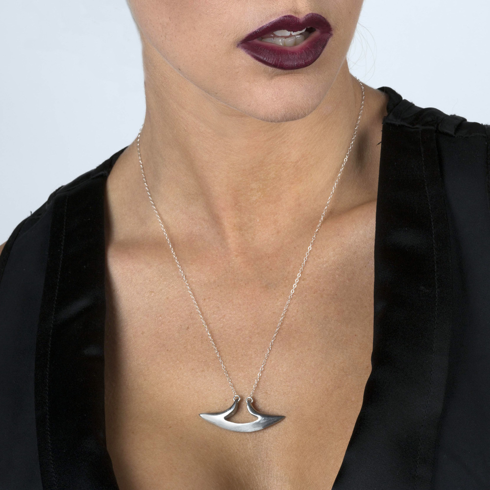 hammerhead necklace.jpg