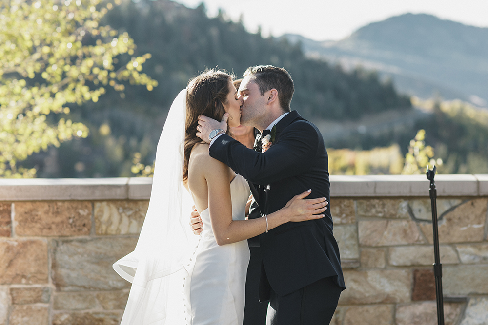 St Regis Deer Valley Wedding by Alixann Loosle