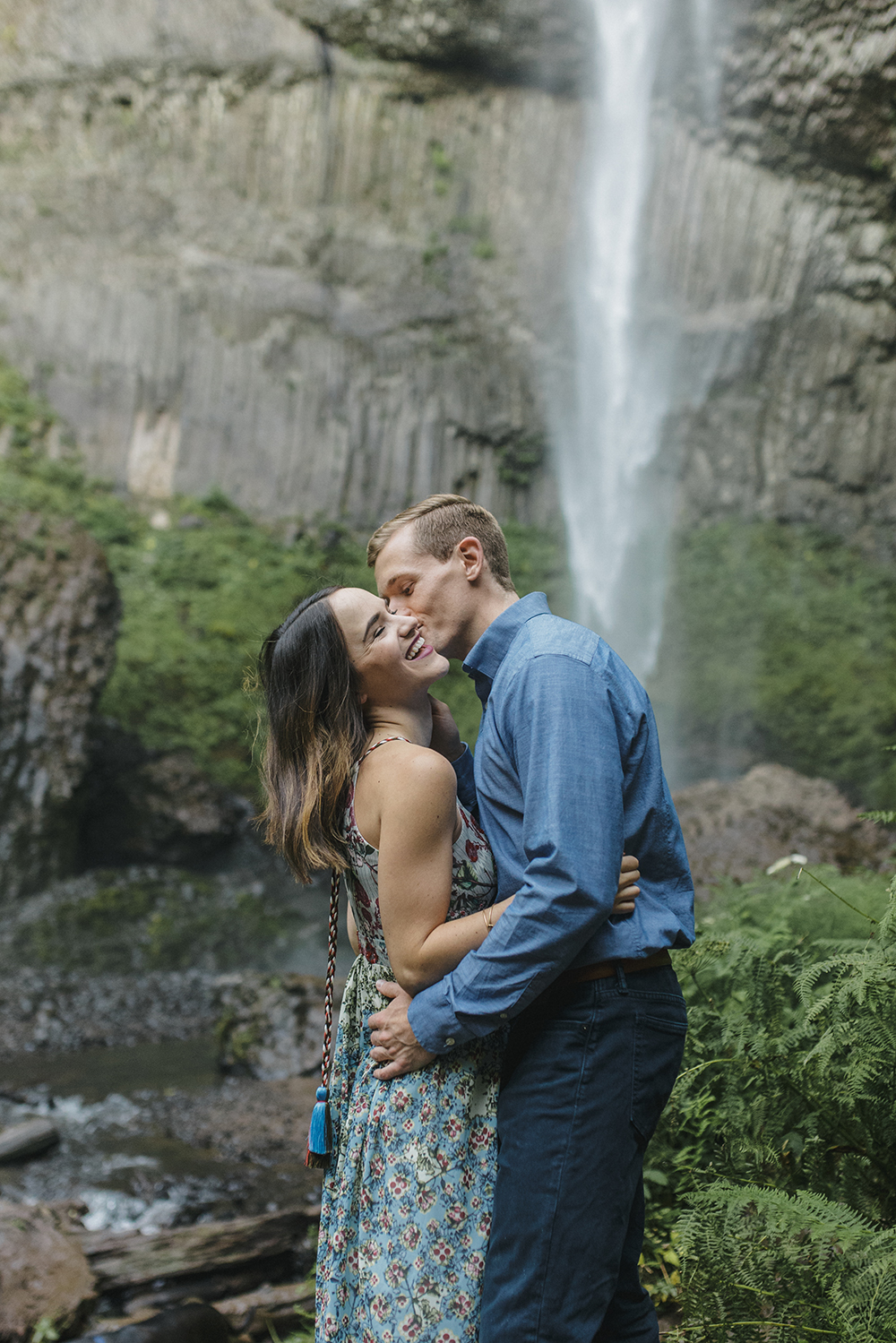 Latourel Falls Engagements16.jpg