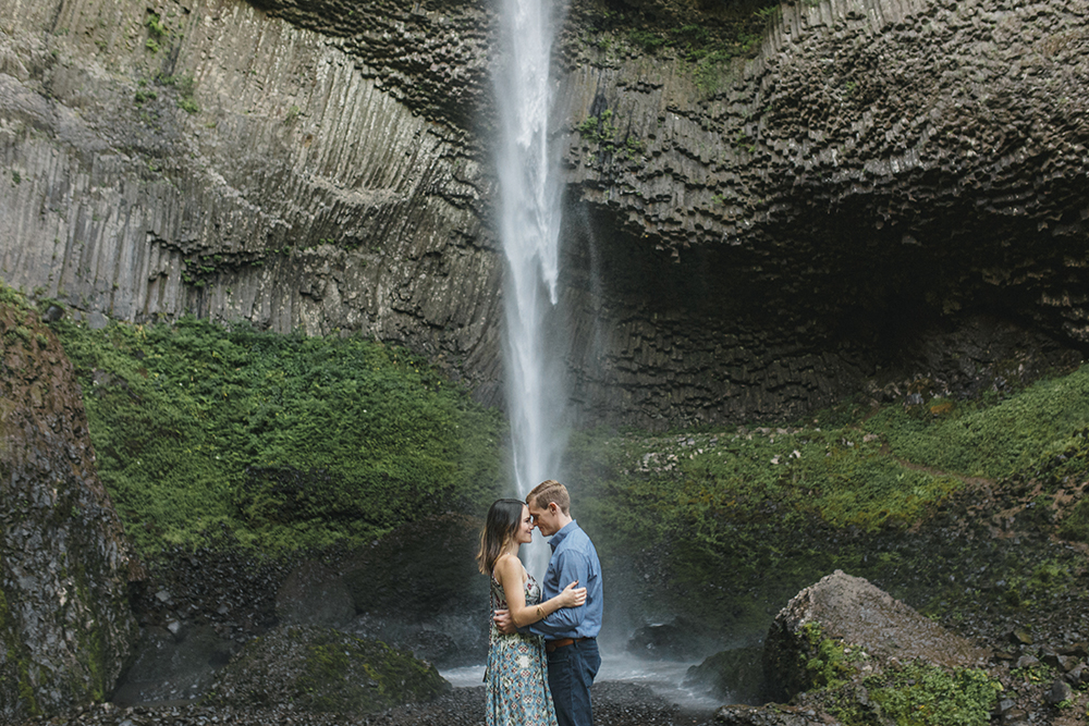 Latourel Falls Engagements27.jpg