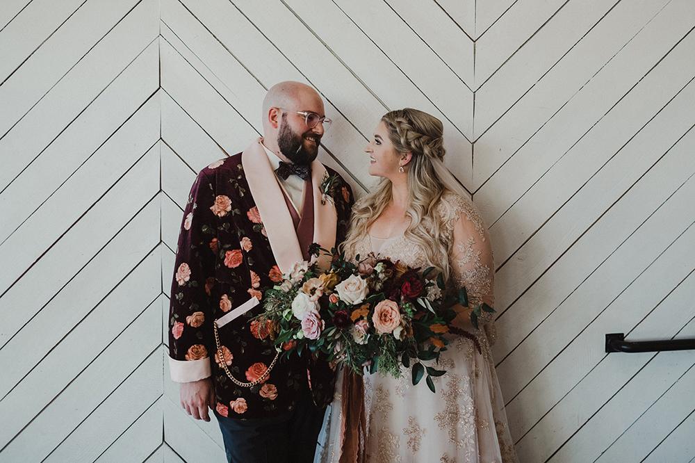 Union Pine Wedding by Alixann Loosle