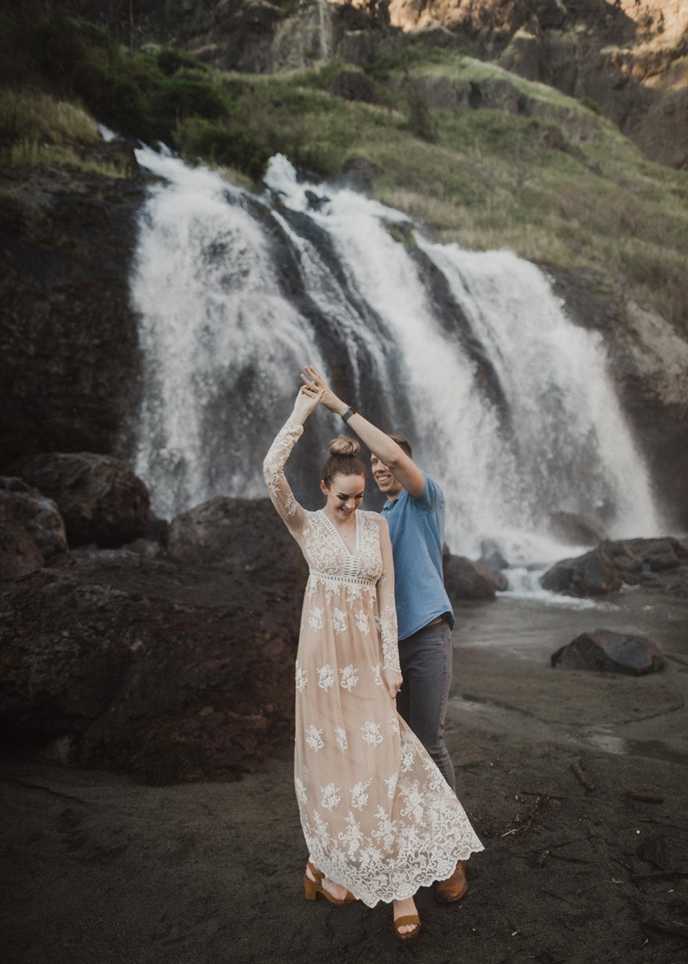 Snoqualmie Falls Engagement Photos19.jpg