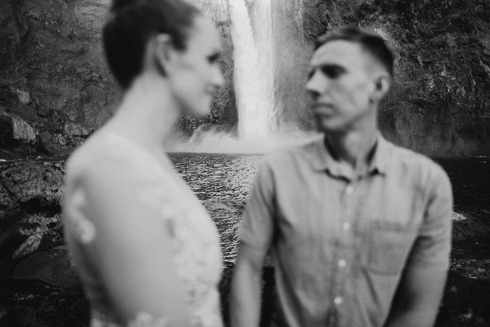 Snoqualmie Falls Engagement Photos41.jpg