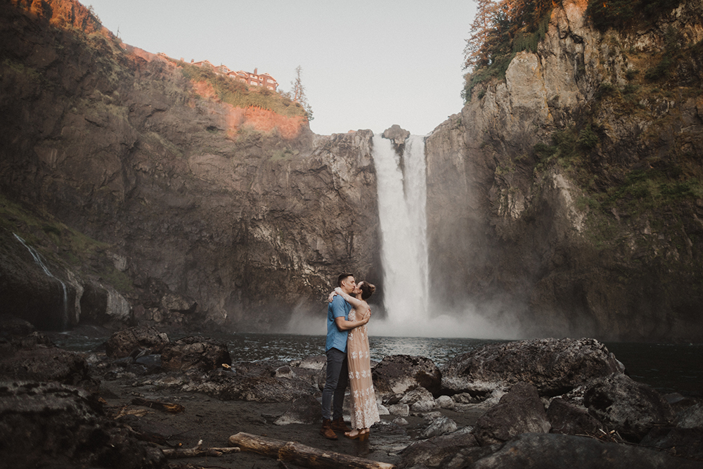 Snoqualmie Falls Engagements by Alixann Loosle
